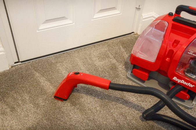rd6 Rug Doctor Portable Spot Cleaner Review (Guest Blog by Motor Verso)